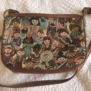 Tapestry purse with people